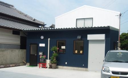マユミフーズの職場